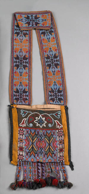 Great Lakes beaded cloth bandolier bag 19th c