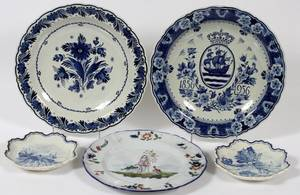DELFT  CONTINENTAL FAIENCE PLATES FIVE