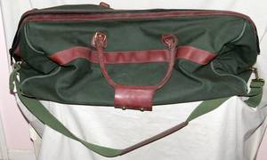 ORVIS HUNTERS CANVAS AND LEATHER TRAVEL BAG