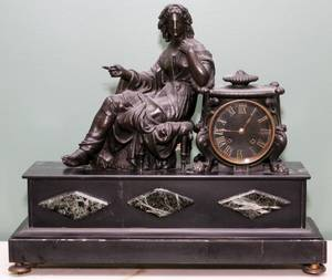 CLASSICAL FIGURAL SPELTER SCULPTURE MANTLE CLOCK