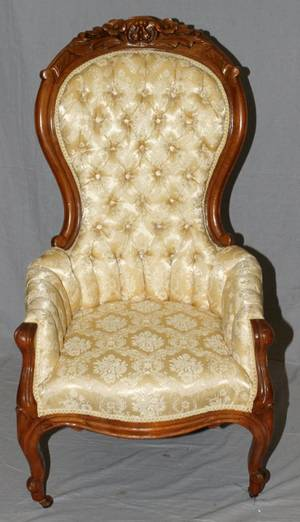 VICTORIAN WALNUT UPHOLSTERED ARM CHAIR