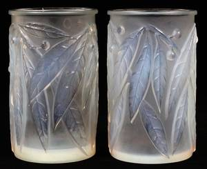 RENE LALIQUE LAURIER OPALESCENT GLASS VASES PAIR