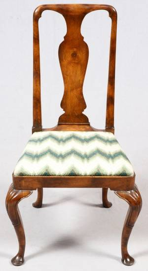 ENGLISH QUEEN ANNE STYLE WALNUT SIDE CHAIR 19TH C