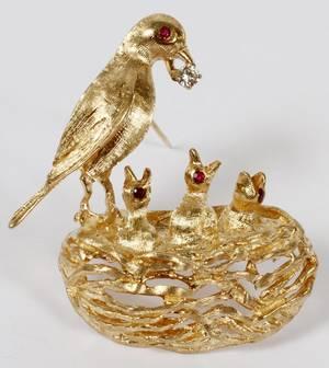 14KT YELLOW GOLD DIAMOND  RUBY BROOCH