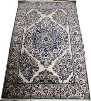 PERSIAN ISFAHAN WOOL  SILK RUG