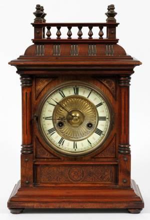 HAC WURTTEMBERG OAK MANTEL CLOCK C 1890