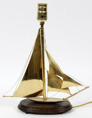 MODERN BRASS SAILBOAT LAMP