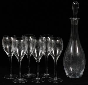 ETCHED GLASS DECANTER AND GLASSES SEVEN PIECES