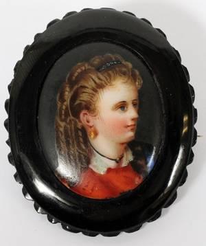HANDPAINTED PORCELAIN PORTRAIT BROOCH C 1870