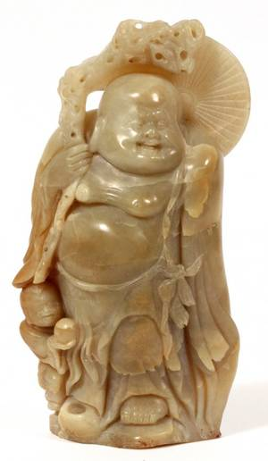 CHINESE CARVED SOAPSTONE FIGURE OF BUDDHA