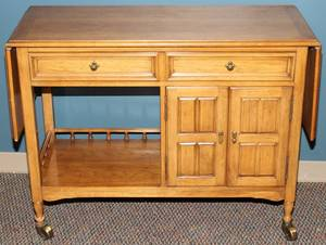 THOMASVILLE BLEACHED OAK SERVER