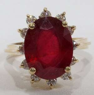 101082 YELLOW GOLD 650CT RUBY  DIAMOND RING