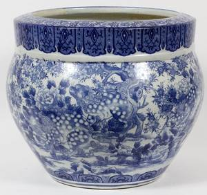 CHINESE BLUE  WHITE PORCELAIN JARDINIRE 19TH C