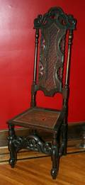 100105 CARVED OAK HALL CHAIR H54 W18