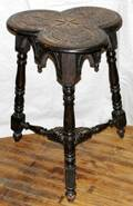 091213 ENGLISH CARVED OAK CLOVERFORM TABLE C1900