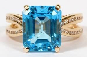 10CT NATURAL BLUE TOPAZ  50CT DIAMOND RING