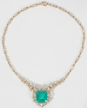 100010 18K GOLD EMERALD  DIAMOND NECKLACE L145
