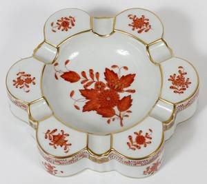 HEREND CHINESE BOUQUET PORCELAIN ASHTRAY