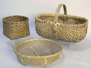 Woven buttocks basket