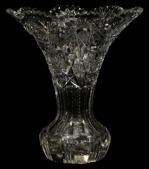 BRILLIANT PERIOD CUT GLASS VASE C 1900 H 11