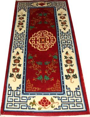 CHINESE WOVEN WOOL RUG 6 5 X 3 0
