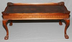 CHIPPENDALE STYLE MAHOGANY COFFEE TABLE H 17