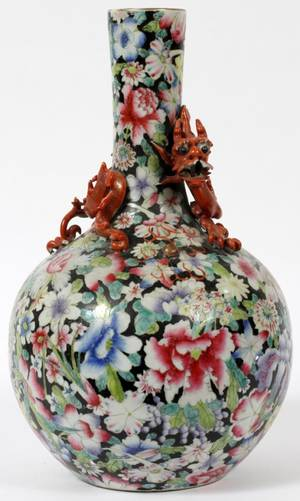 CHINESE FAMILLE NOIR PORCELAIN VASE 19TH C