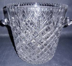 CUT CRYSTAL ICE BUCKET H 9 14 DIA 12 12