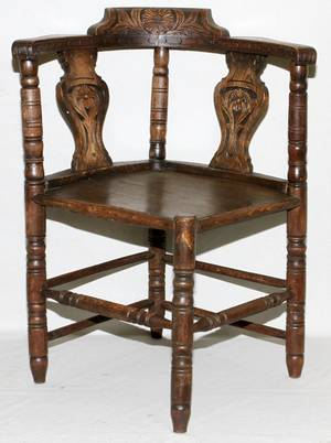 ANTIQUE ENGLISH HAND CARVED OAK CORNER CHAIR
