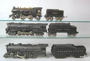 Three Lionel engine and tenders