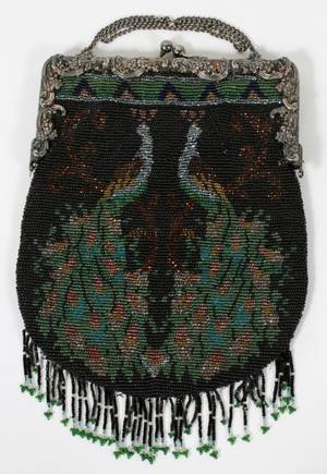 VINTAGE BEADED HAND BAG WITH PEACOCK MOTIF 7W