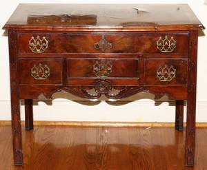 CHIPPENDALE WALNUT CHEST 18TH C H 29 W 36