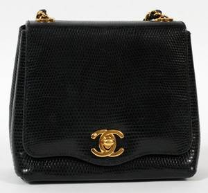 CHANEL BLACK LEATHER SMALL SHOULDER BAG H 5