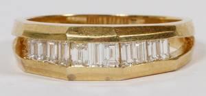 14KT GOLD BAGUETTE DIAMOND RING 59GR