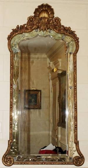 ITALIAN GILT WOOD  ETCHED GLASS MIRROR C 1900