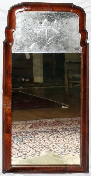 041114 QUEEN ANNE WALNUT MIRROR WITH CUT GLASS