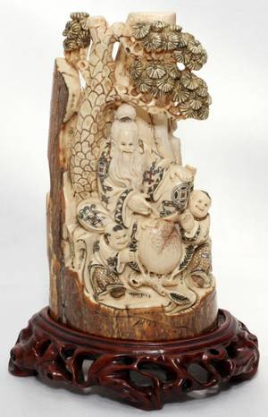 031101 CHINESE IVORY CARVING H 6 12
