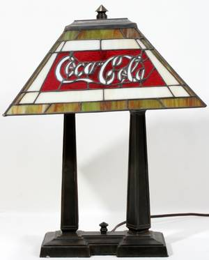 050111 COCACOLA LEADED GLASS LAMP H 21 W 10 L 16