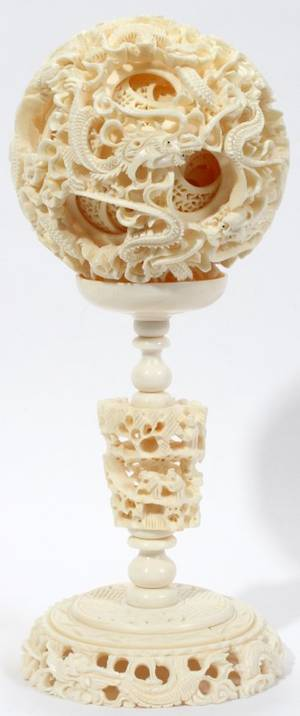 041257 CHINESE IVORY PUZZLE BALL ON STAND 85