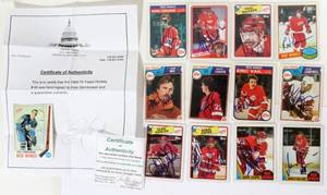 050186 DETROIT RED WINGS AUTOGRAPHED TRADING CARDS