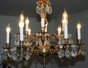 040207 BRONZE AND CRYSTAL 12 LIGHT CHANDELIER 20