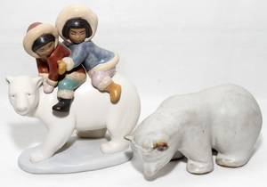 031382 LLADRO PORCELAIN FIGURE H 7 PLUS ONE OTHER