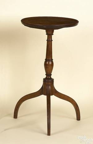 New England Federal maple candlestand early 19th c