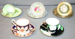 030520 ENGLISH BONE CHINA CUPS AND SAUCERS FIVE
