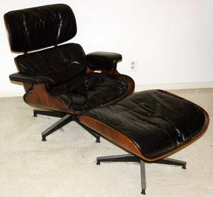 040007 EAMES LEATHER  ROSEWOOD LOUNGE CHAIR  OTTOMAN