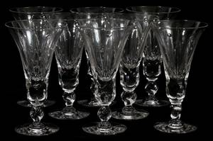 080207 LIBBEY GLASS WINES SET OF EIGHT H 5 34