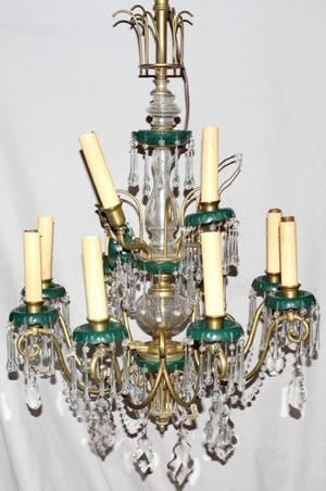062296 ITALIAN CRYSTAL  BRASS TWELVE LIGHT CHANDELIER
