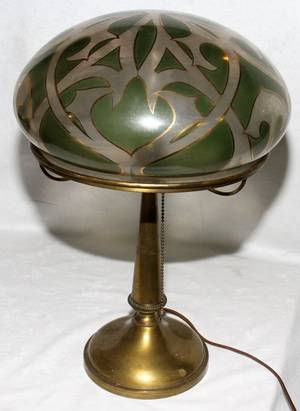 071461 PAINTED GLASS  BRASS TABLE LAMP EARLY 20TH C