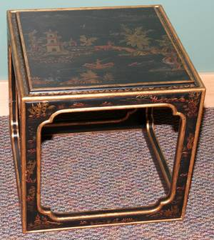 101429 CHINOISERIE STYLE OCCASIONAL TABLE H 18 W 18