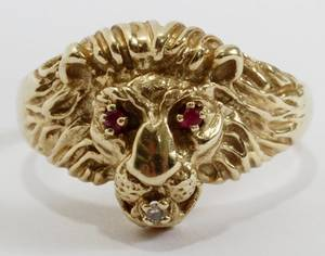 101439 14KT YELLOW GOLD DIAMOND  RUBY LION FORM RING